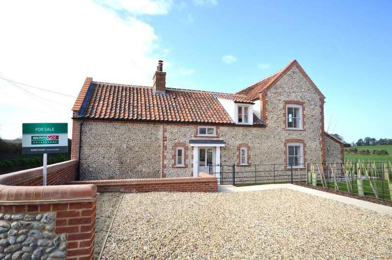 4 Bedrooms Detached House for sale in Holt Road, Cley, Norfolk