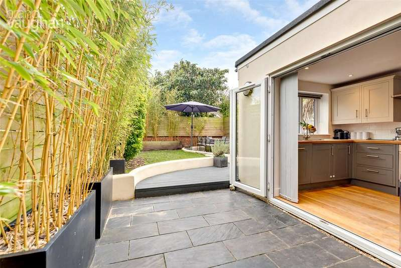 4 Bedrooms Semi Detached House for sale in Havelock Road, Brighton, BN1