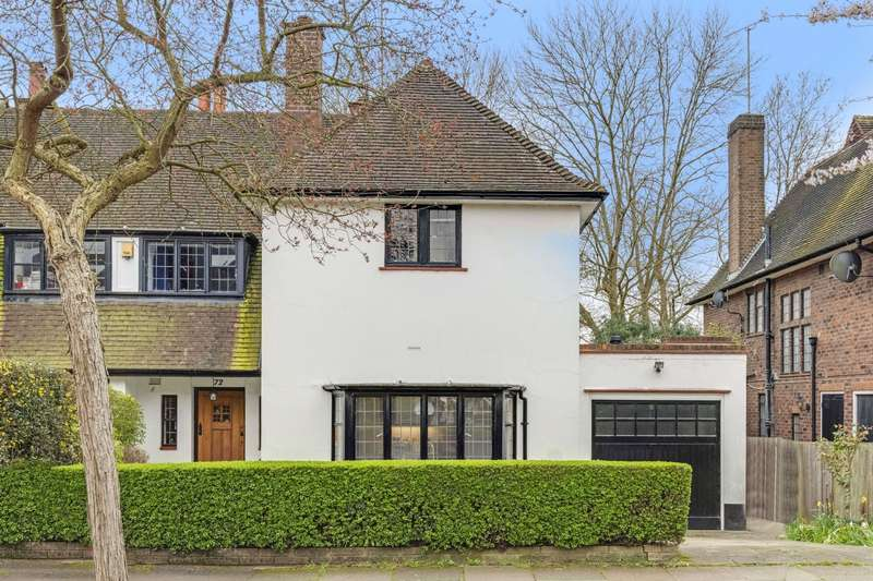 4 Bedrooms House for sale in Brim Hill, London