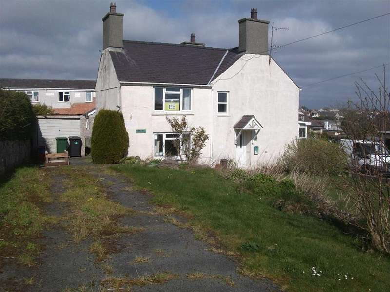 Detached House for sale in Bay View Road, Benllech, Anglesey