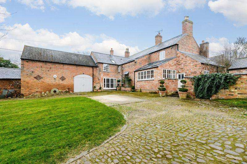 5 Bedrooms Detached House for sale in Post Office Lane, Newton Harcourt