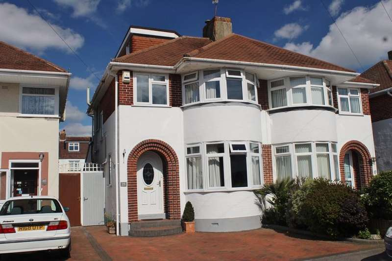 4 Bedrooms Semi Detached House for sale in Heaton Road, Gosport