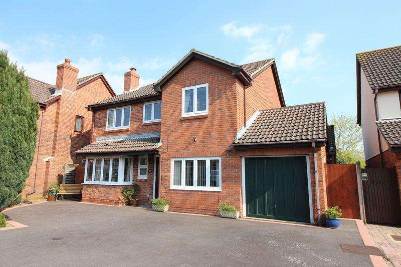6 Bedrooms Detached House for sale in Campion Close, Warsash