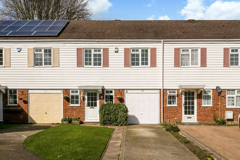 4 Bedrooms Terraced House for sale in Culham Drive, Nr Furze Platt Station, Maidenhead