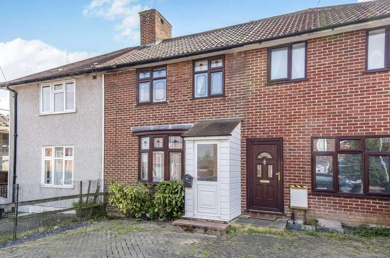 3 Bedrooms Terraced House for sale in Widecombe Road, London