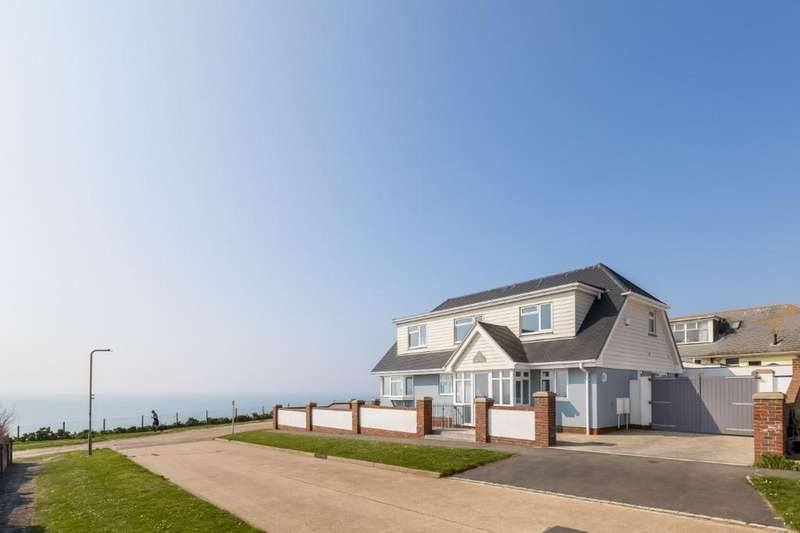 4 Bedrooms Detached House for sale in The Promenade, Peacehaven, East Sussex, BN10