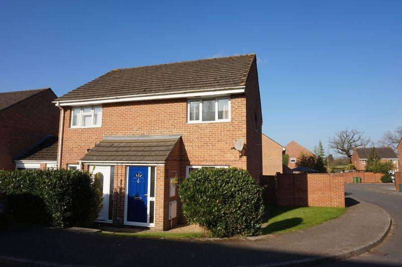 2 Bedrooms Semi Detached House for sale in Billington Way, Thatcham