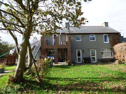 4 Bedrooms Detached House for sale in Valley, Holyhead, Sir Ynys Mon, LL65
