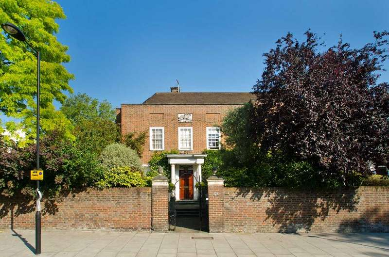 5 Bedrooms Detached House for sale in St Johns Wood, London, NW8