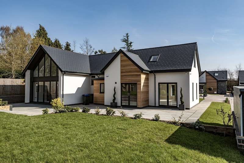 4 Bedrooms Detached House for sale in The Cordelia , The Water Gardens, Henley In Arden