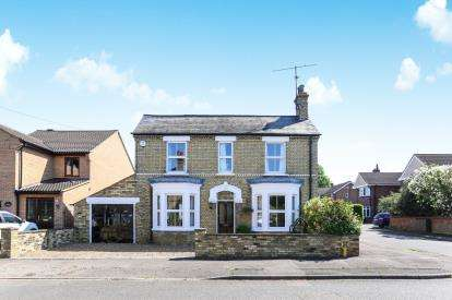 4 Bedrooms Detached House for sale in The Avenue, Sandy, Bedfordshire, .