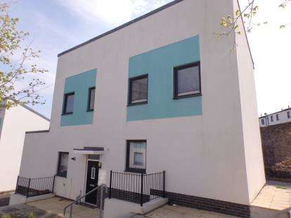 3 Bedrooms Detached House for sale in Devonport, Plymouth, Devon