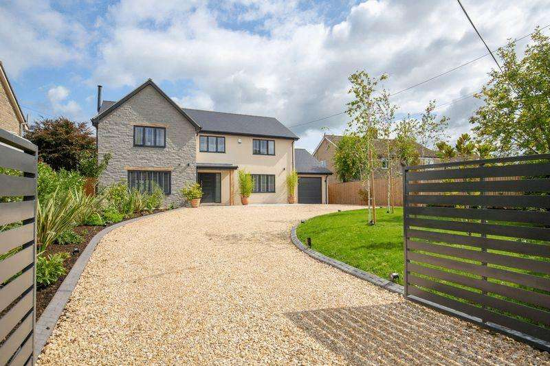 5 Bedrooms Detached House for sale in West Lydford. Between Glastonbury Castle Cary