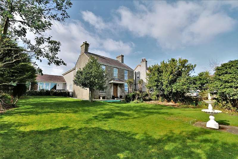 4 Bedrooms Detached House for sale in Marianglas, Isle of Anglesey, Sir Ynys Mon, LL73 8PF