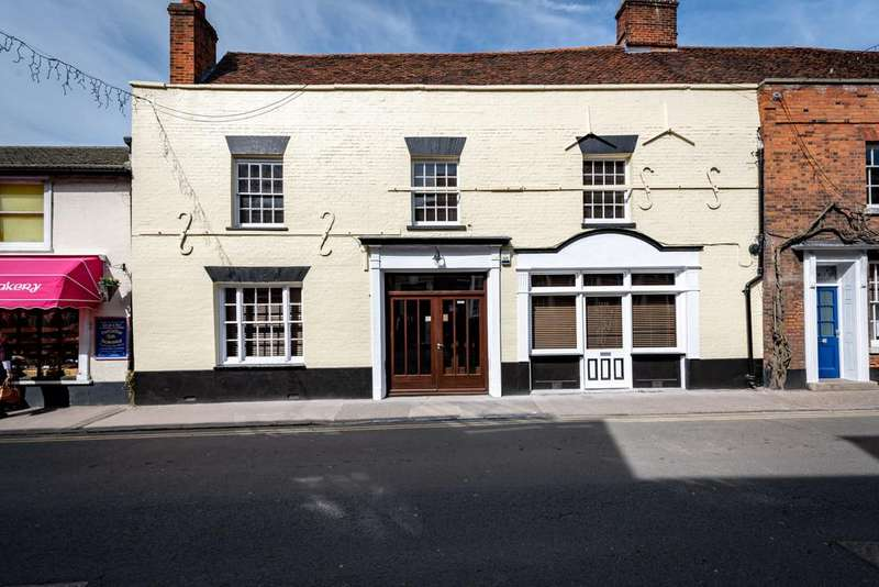 4 Bedrooms Terraced House for sale in Manningtree, Essex
