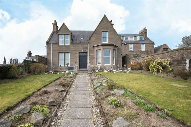 4 Bedrooms Detached House for sale in Park Road, Brechin, Angus