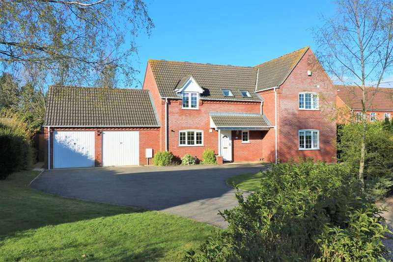4 Bedrooms Detached House for sale in Mill Court, Toftwood, Dereham NR19