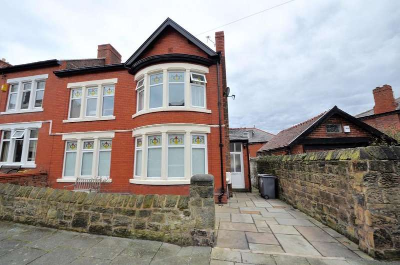 4 Bedrooms Semi Detached House for sale in St. Georges Mount, Wallasey