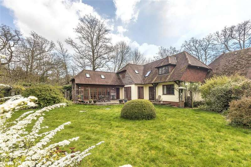 4 Bedrooms Detached House for sale in Gardeners Lane, East Wellow, Romsey, Hampshire, SO51