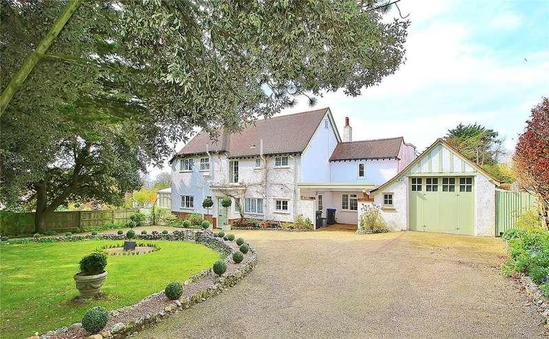 4 Bedrooms Detached House for sale in Salvington Hill, High Salvington, West Sussex, BN13