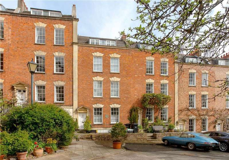 4 Bedrooms Terraced House for sale in Hope Square, Bristol, BS8