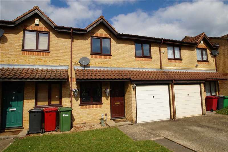 3 Bedrooms Terraced House for sale in Lowestoft Drive, Burnham Gate, Cippenham