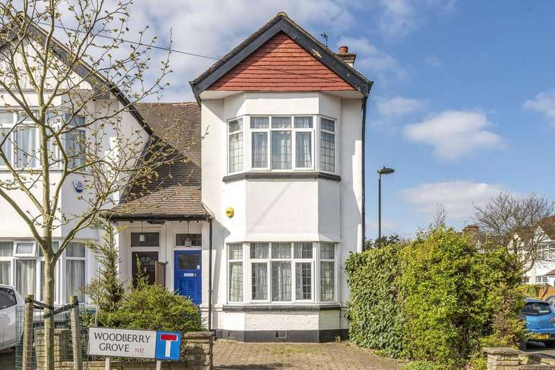 3 Bedrooms Semi Detached House for sale in Woodberry Grove, North Finchley
