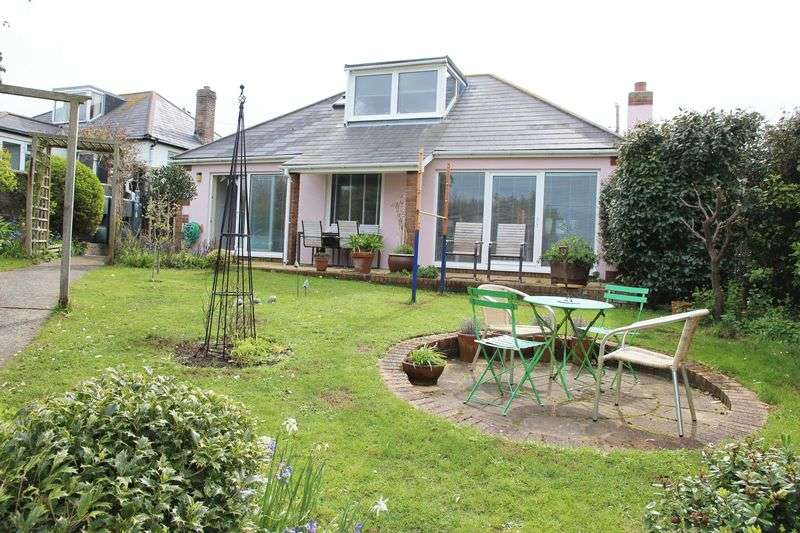 5 Bedrooms Property for sale in Holywell Bay, Newquay