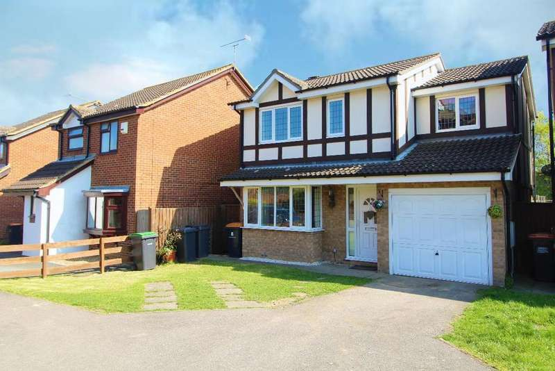 4 Bedrooms Detached House for sale in Osprey Close, Kempston, Bedfordshire, MK42