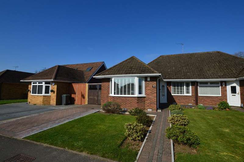 2 Bedrooms Bungalow for sale in Langford Drive, Stopsley, Luton, LU2 9AL