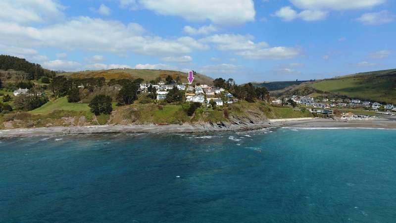 3 Bedrooms Detached Bungalow for sale in Looe Hill, Seaton
