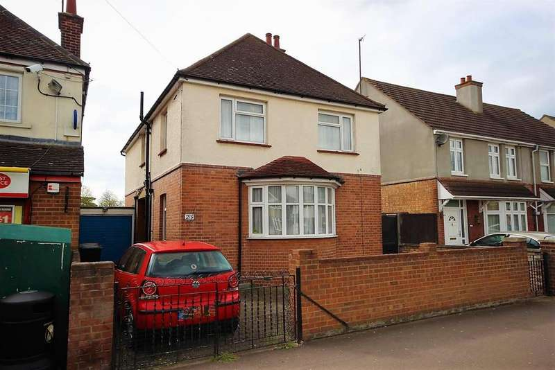 4 Bedrooms Detached House for sale in London Road, Bedford