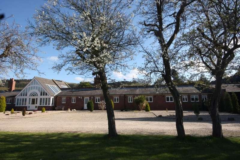 4 Bedrooms Bungalow for sale in Pease Court Hutton Lane, Guisborough, TS14