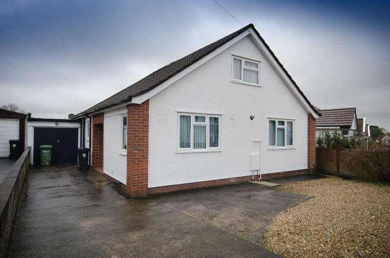 3 Bedrooms Detached House for sale in Park Road, Staple Hill, Bristol, BS16 5LG