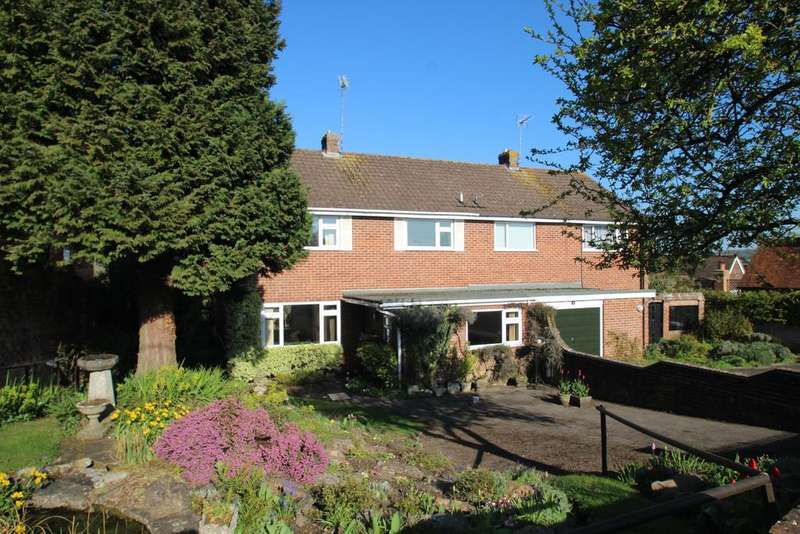 3 Bedrooms Semi Detached House for sale in Fairview Road, Hungerford RG17