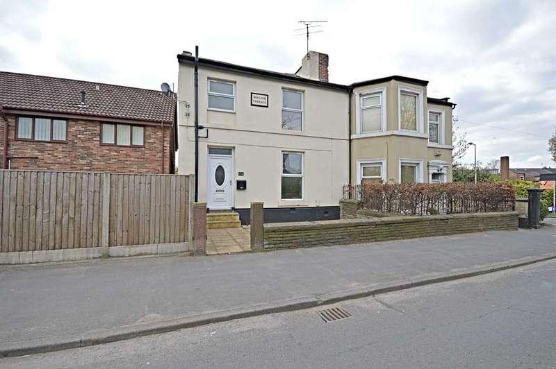 4 Bedrooms Semi Detached House for sale in Offerton Lane, Offerton