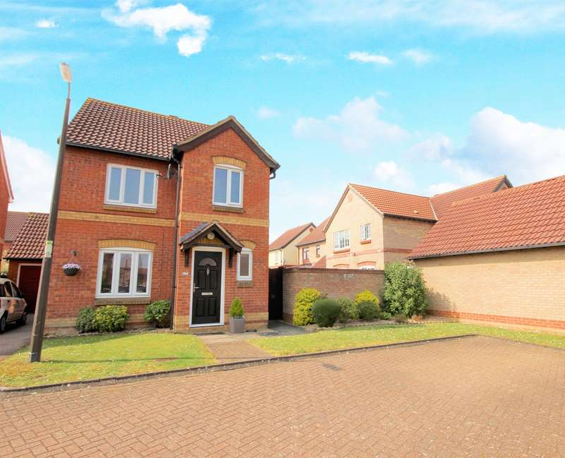 3 Bedrooms Detached House for sale in Parrish Close, Marston Moretaine, Bedfordshire, MK43