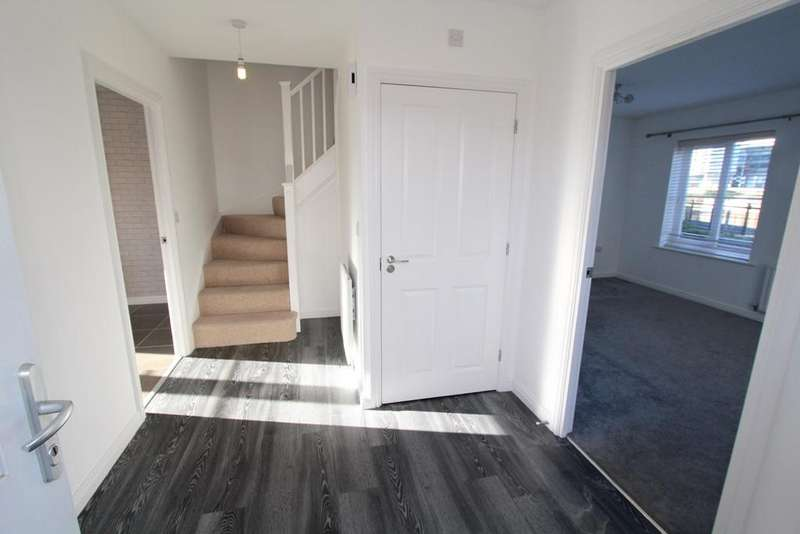 5 Bedrooms Link Detached House for sale in Millbrook Close, Wixams, Bedford, MK42