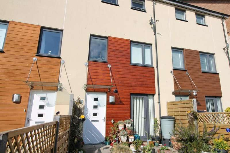 3 Bedrooms Town House for sale in Kingfisher Road, Portishead, BS20 7QD