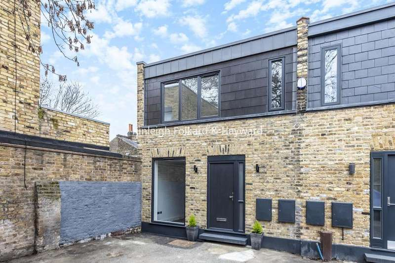2 Bedrooms End Of Terrace House for sale in Muirkirk Road, Catford