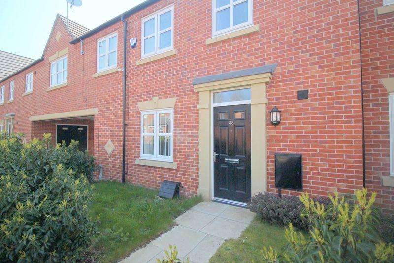 3 Bedrooms Mews House for sale in Furnace Street, Hyde