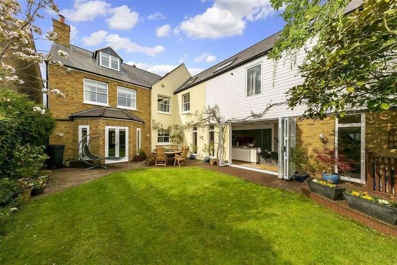 5 Bedrooms Detached House for sale in Park Lane, Teddington