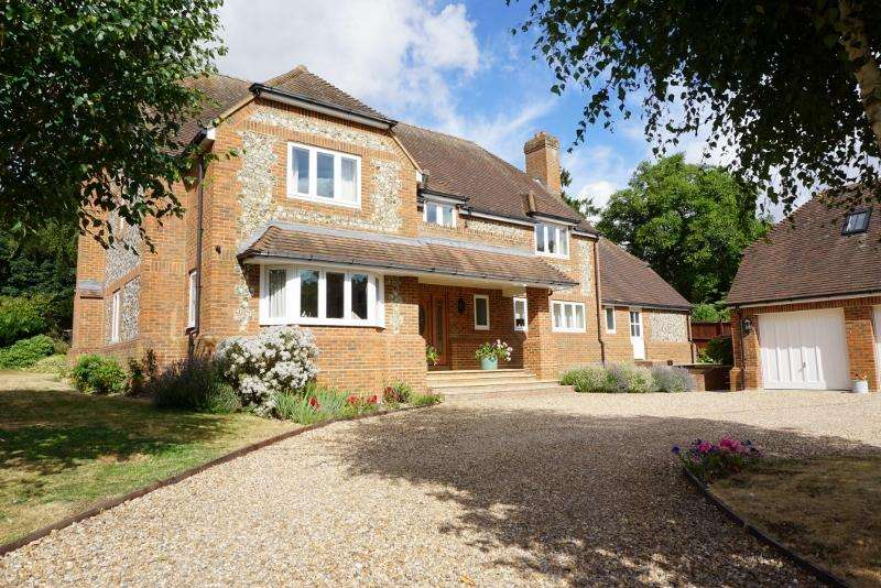 4 Bedrooms House for sale in Hurstbourne Priors, Whitchurch, Hampshire RG28