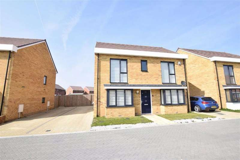 4 Bedrooms Detached House for sale in Sandpiper Close, East Tilbury, Essex