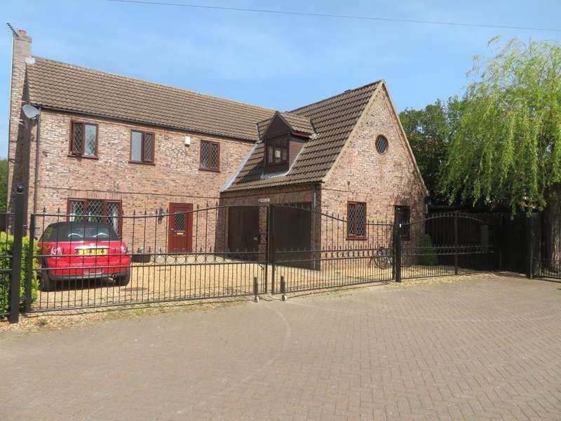 4 Bedrooms Detached House for sale in Kingswood Park, Wisbech, Wisbech, Cambs, PE13 2US