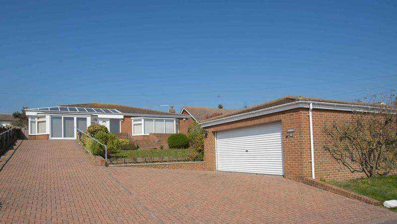3 Bedrooms Detached Bungalow for sale in St Margarets Bay