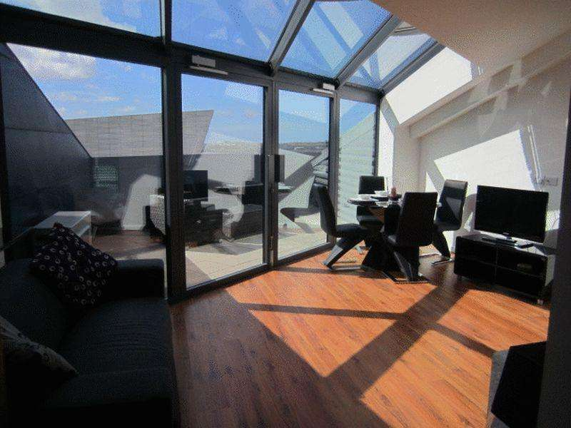 2 Bedrooms Apartment Flat for rent in Mann Island, Liverpool