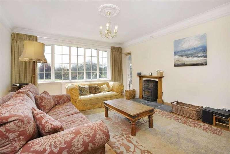 5 Bedrooms Detached House for sale in Whitford Road, Kilmington, Axminster, Devon, EX13