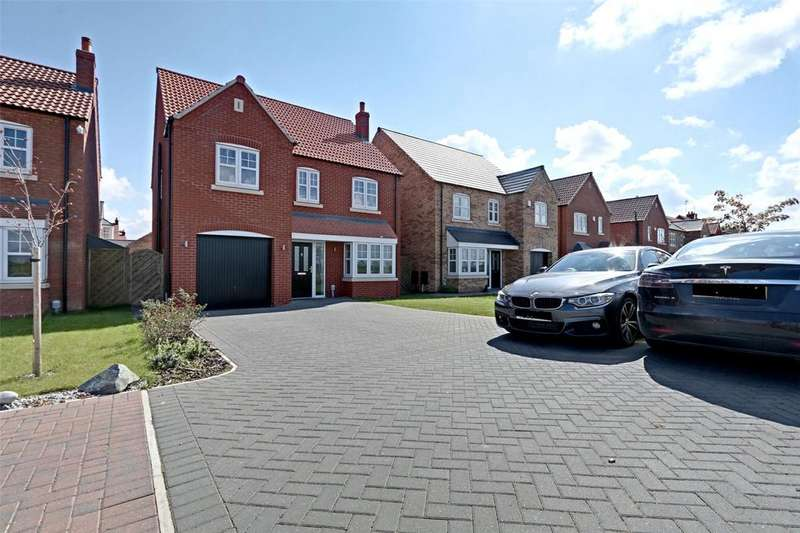 4 Bedrooms Detached House for sale in Paddock Way, Kingswood, Hull, East Yorkshire, HU7