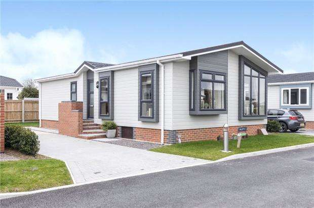 Mobile Home for sale in Orchard Park, Twigworth, Gloucester